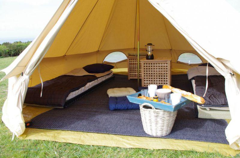 H bergement insolite houat en tente nomade en espace naturel - Tente de plage ikea ...