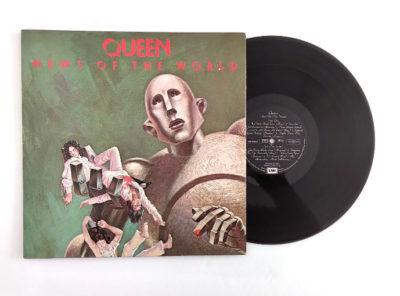queen-news-world-33T