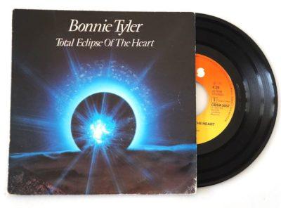 bonnie-tyler-total-eclipse-heart-45T
