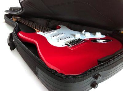 Housse Guitare-elec-Fender-Squier-Bullet-Strat-RW-TR-17