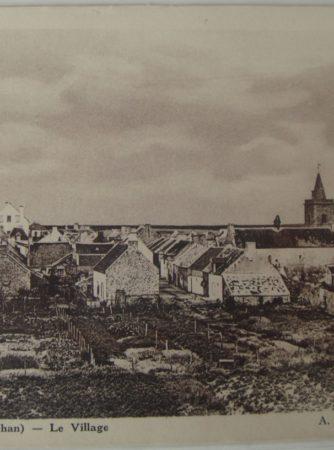 Houat Le village eglise Le Breton Quiberon