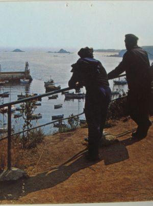 CP la rambarde au-dessus du port de Houat