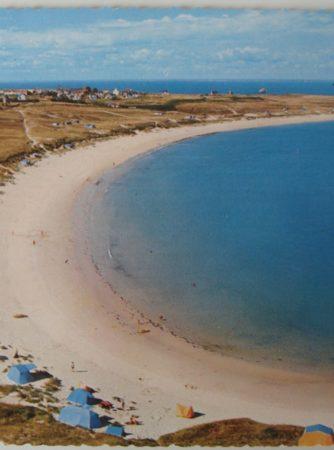 Grande plage Houat en ete camping sauvage