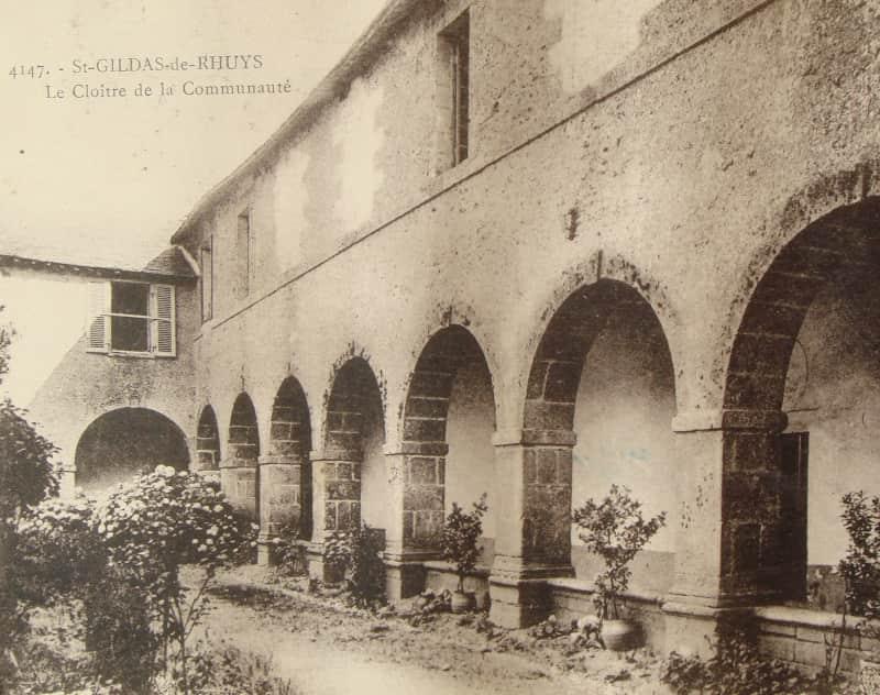 1651-cloitre-st-gildas-rhuys