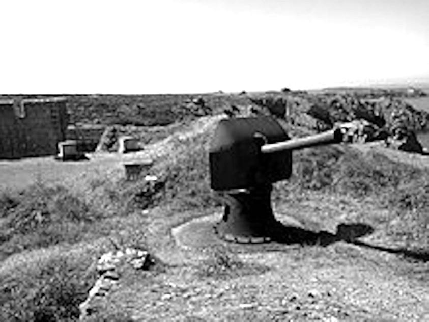 1945-houat-canon